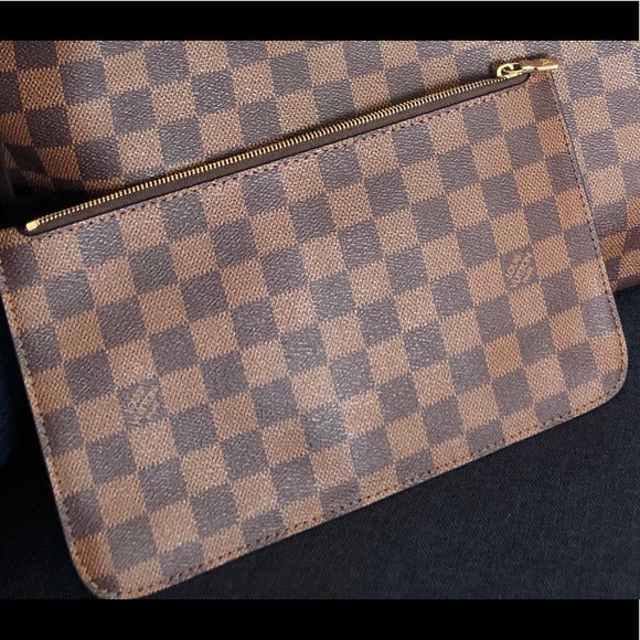 Louis Vuitton Handbags - Louis Vuitton Damier Ebene Zipper clutch